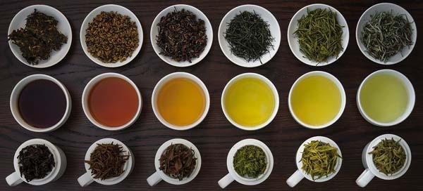 Nên dùng trà ô lòng hoặc hồng trà
